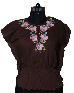 Waist Fitted Embroidered Top.