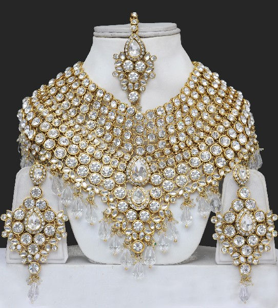 15d3ebb3c07 Artificial Heavy Bridal Jewellery Sets   Online Shopping
