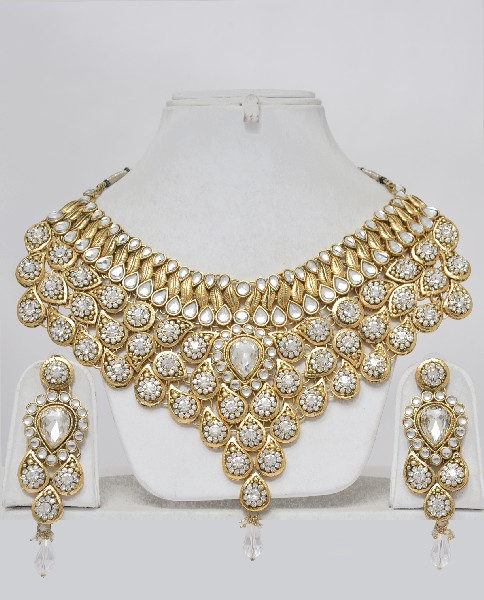 Indian Bridal Jewelry Set-Heavily Embellished : Online ...