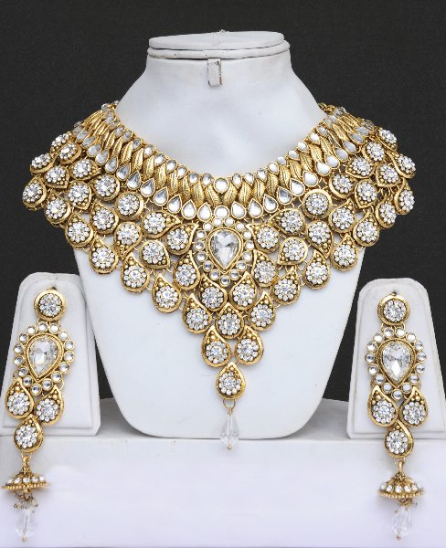 e1fc43823dc Kundan Jewelry Set With Stones-Heavily Embellished   Online Shopping ...
